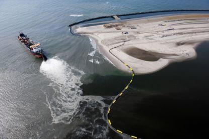 Duizenden ton methaangas ontsnapt uit oude boorgaten in Noordzee, met opwarming van aarde tot gevolg