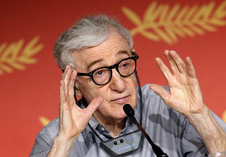 Woody Allen tijdens een persconferentie. Beeld epa