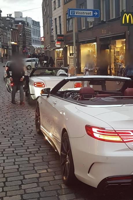 Politie beboet asociale bruiloftsgast met 'gehuurde patserauto' in Dordrecht