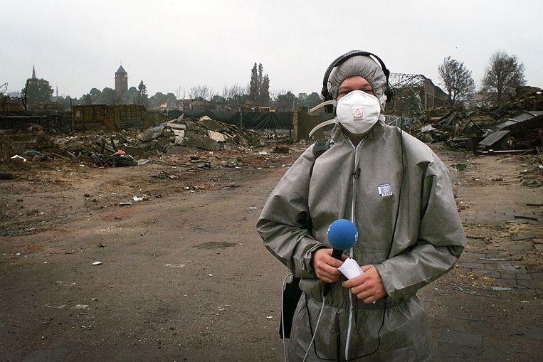Danny de Vries op de plaats waar hij opnamen maakte, enkele dagen na de ramp.  Beeld Carlo ter Ellen DTCT