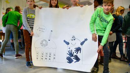 """Leerlingen basisschool Schatkist ontwerpen zelf vuilnisbakken: """"aantrekkelijkere exemplaren om zwerfvuil tegen te gaan"""""""