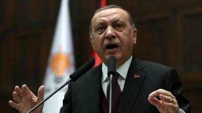 """Erdogan dreigt ermee Koerdische strijders """"te verpletteren"""" in noorden van Syrië"""