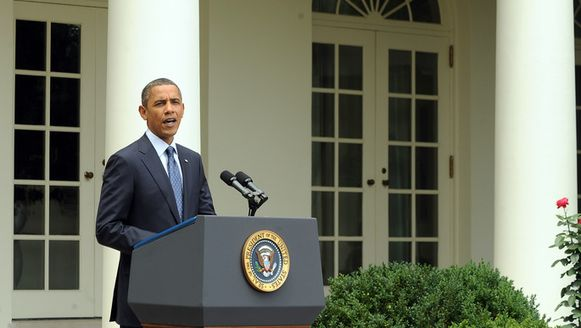 De onduidelijkheid over de terugtrekking uit Afghanistan levert Obama ook tegenwind uit Democratische hoek op.
