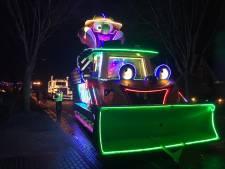 Donker Loosbroek licht op met kleurrijke carnavalsoptocht