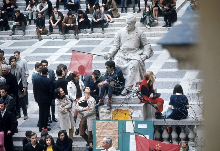 Studentenprotest op de Sorbonne, de belangrijkste universiteit van Frankrijk. Beeld Hollandse Hoogte / Roger Viollet Agence Photographique
