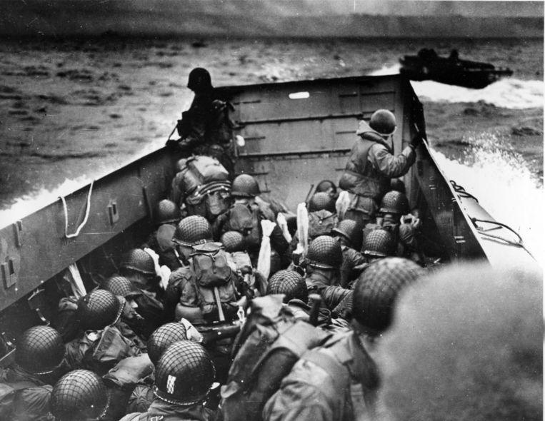Archieffoto. Amerikaanse troepen komen op 6 juni 1944 aan op het Omaha-strand in Caen, Normandië. Beeld ap