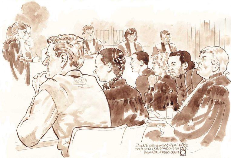 Een schets uit de rechtbank waar medeverdachte Stefan S. wordt gehoord in de zaak rond de dubbele liquidatie in 2012. Beeld anp