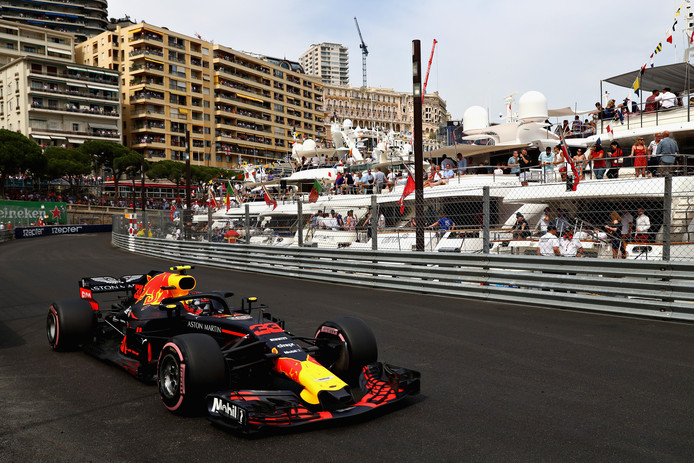 Max Verstappen werd in Monaco op de voet gevolgd door Netflix.