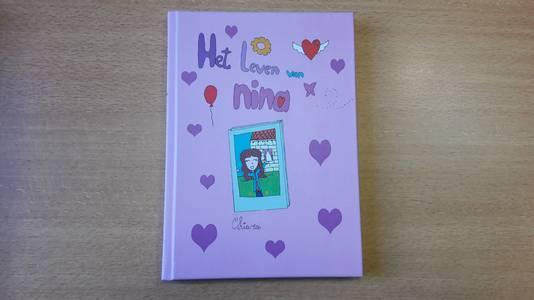 'Het Leven van Nina' is het eerste boek van de 10-jarige Chiara Opstal uit Hoogerheide.
