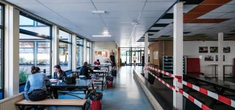 Weer naar school: aula op slot, vaste routes en max tien leerlingen per klas
