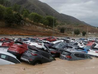 """Spaanse hulpdiensten zoeken naar """"verdronken"""" Belg... die gewoon op café blijkt te zitten"""
