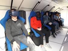 Eerste basisscholieren zijn in Tilburg op virtuele ruimtereis
