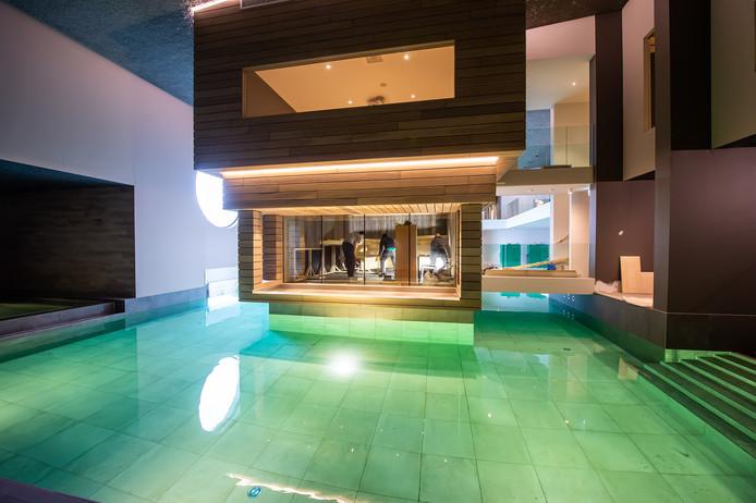 Eén van de zwembaden in Spa One.