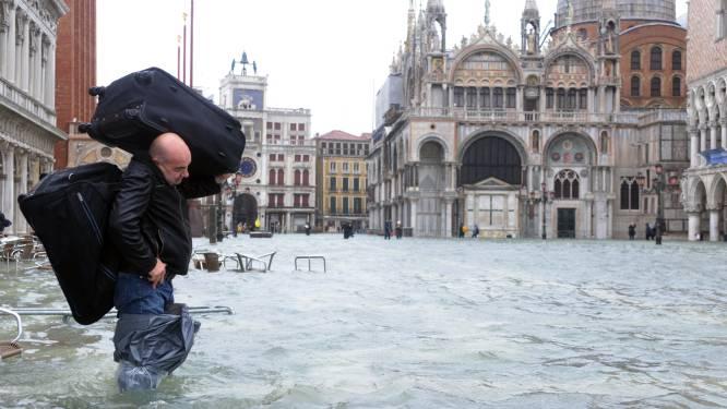 Venetië staat onder water, evacuaties in Toscane