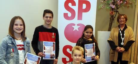 Vier Osse helden krijgen Kinderlintje voor bijzonder werk: 'Je broer zou trots op je zijn geweest'