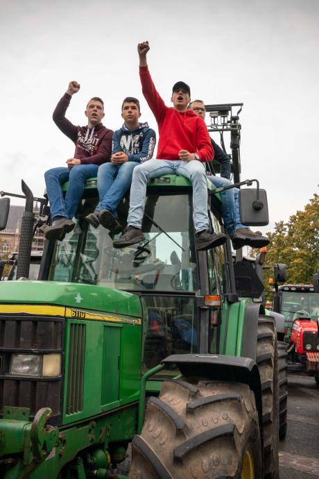 Stikstofregels voor boeren in Overijssel en Gelderland voorlopig van tafel