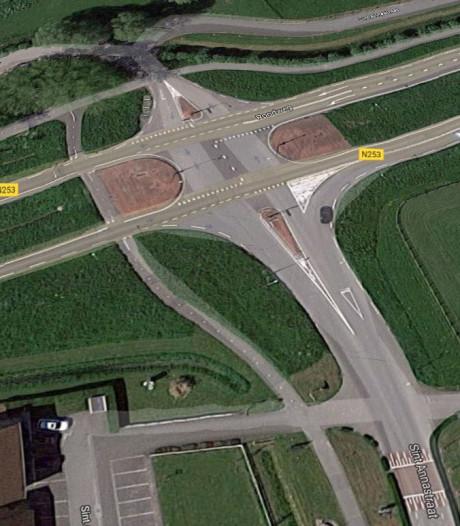 Kruispunt bij Sint Anna ter Muiden wordt een rotonde