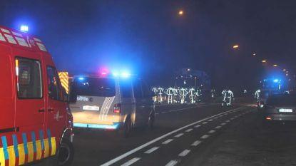 Zware woningbrand Sint-Martens-Leerne: bejaarde man sterft, vrouw kritiek