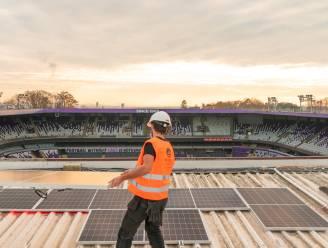 Paars-wit kleurt groen(er): zonnepanelen op dak Lotto Park geïnstalleerd
