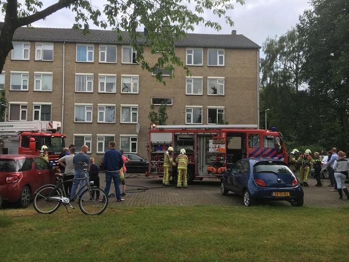 Keukenbrand aan de Achterberggaarde in Deventer. De schade bleef beperkt.