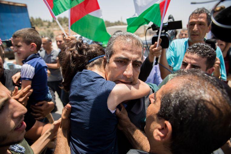 Mahmoud Qadusa wordt vrijgelaten na 55 dagen in de gevangenis te hebben doorgebracht.  Beeld Flash90