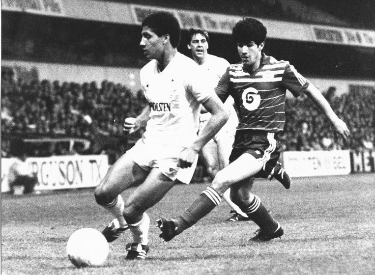 Enzo Scifo tegen Tottenham.
