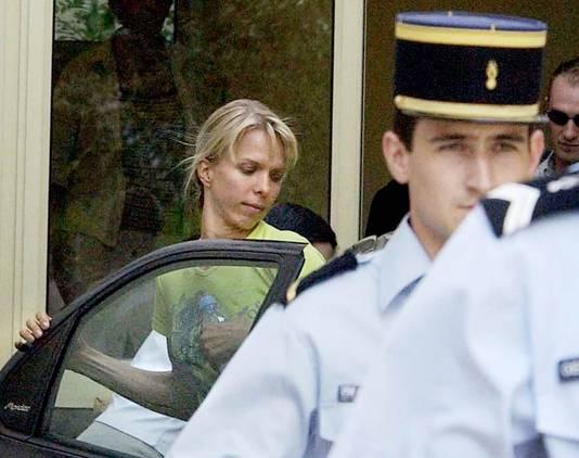 Edita Rumsas, de moeder van Linas, wordt in 2002 door de Franse politie opgepakt vanwege het leveren van Epo en testosteron aan haar man Raimondas.