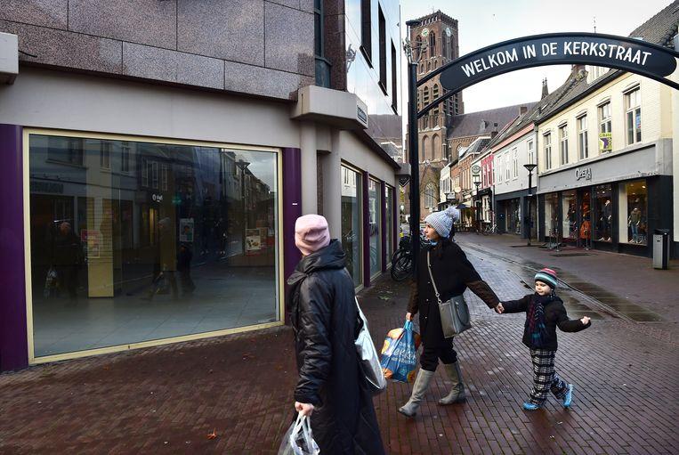 Winkelleegstand in het stadscentrum van Oss. Beeld Marcel van den Bergh