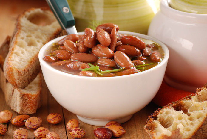 Bruine bonen zijn een goede bron van eiwitten.
