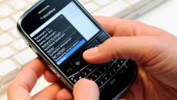Genekt door Whatsapp: BlackBerry Messenger stopt ermee