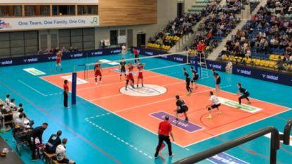 Maaseik klopt Roeselare opnieuw en is nu al zeker van finale volleybal