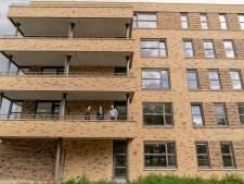 Bewoners van nieuwe huurappartementen Borne krijgen de sleutel
