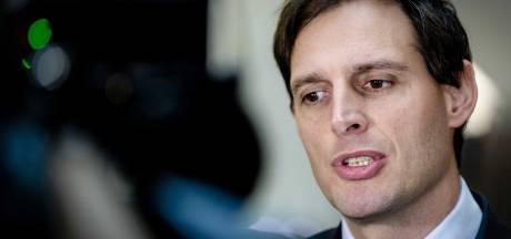 Minister laat onafhankelijk onderzoek doen naar strafbaar handelen belastingambtenaren