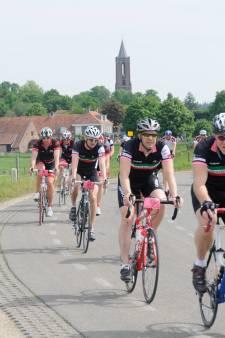 'Geef wielrenners in Utrecht een aparte fietsstrook'