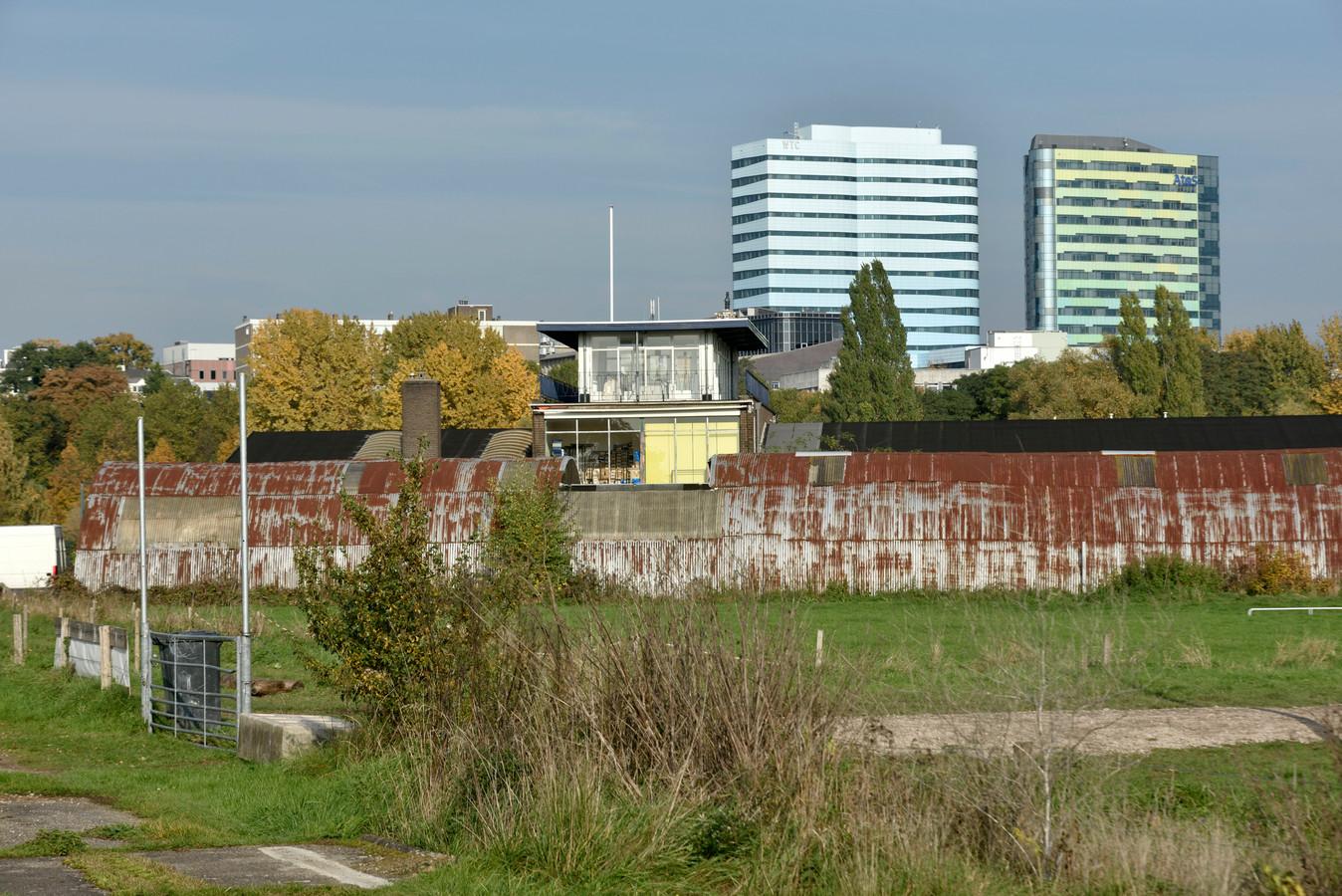 Het voormalige bedrijventerrein in Meinerswijk dat straks 'Meinerseiland' moet worden.