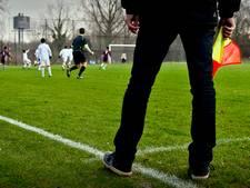 Voetbalruzie in Arnhem na geweldsincident met grensrechter