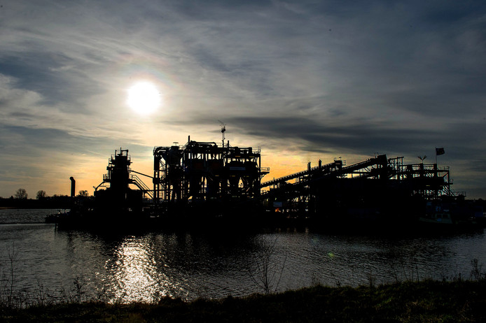 Ontzandingsproject Over de Maas in Alphen en Dreumel.