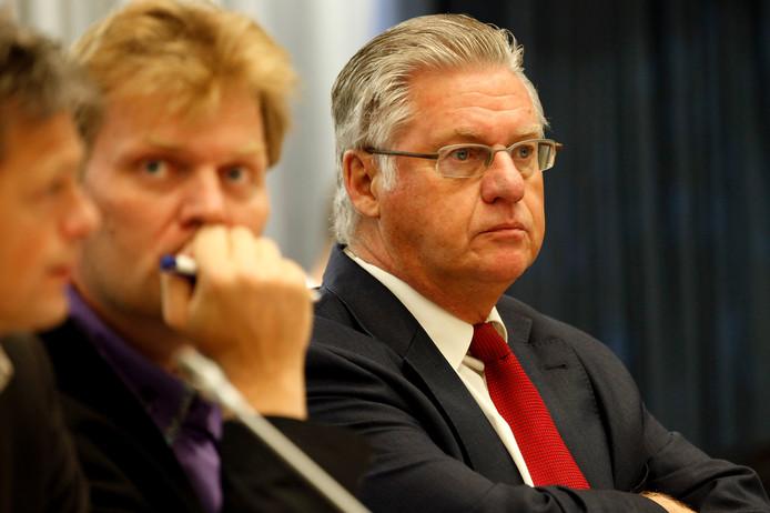 Ruud Vreeman (rechts) en Jan Hamming in de tijd dat ze nog burgemeester en loco-burgemeester van Tilburg waren.