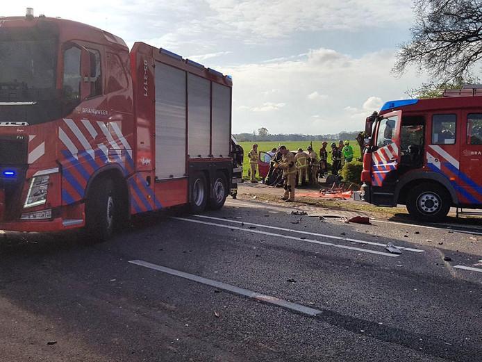 Het ongeval op de N349 tussen Almelo en Albergen, waarbij Stephan Netten ernstig gewond raakte.