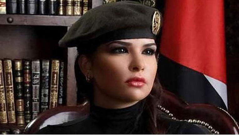 Lara Abdallat heeft Anonymous verlaten om samen met de overheid Islamitische Staat te bestrijden.