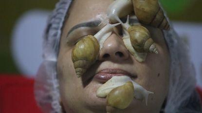Slakken op je gezicht zijn de nieuwste beautytrend tegen rimpels