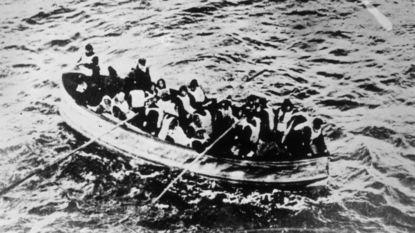 """Reddingsboten Titanic slechts halfvol: """"Dit schip kan toch niet zinken?"""""""