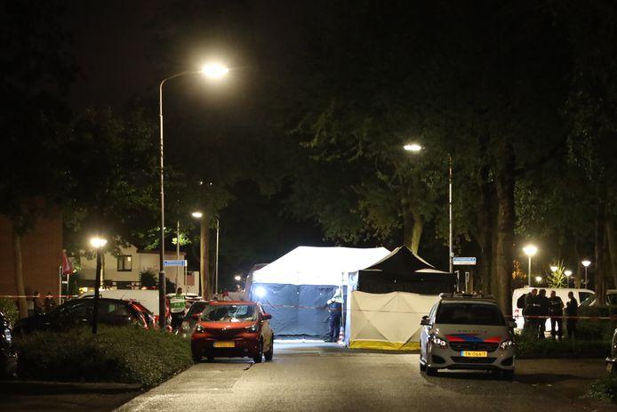 Het slachtoffer overleed op de Batenburglaan in Uden aan zijn verwondingen.