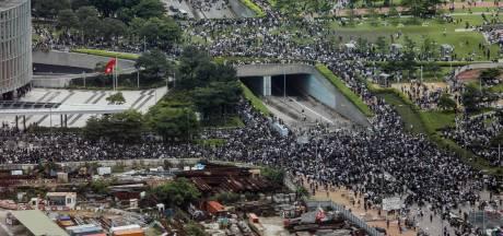 Chaos in Hongkong na nieuwe massabetoging tegen omstreden uitleveringswet