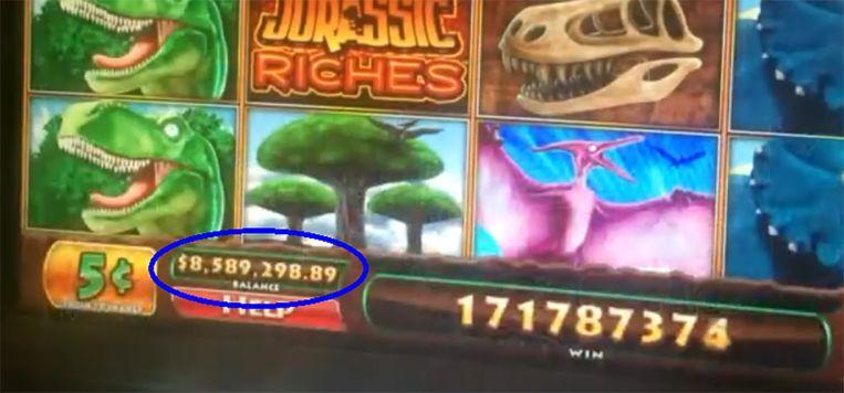 Veronica had volgens de display 8,5 miljoen gewonnen, maar ging naar huis met 80 dollar.