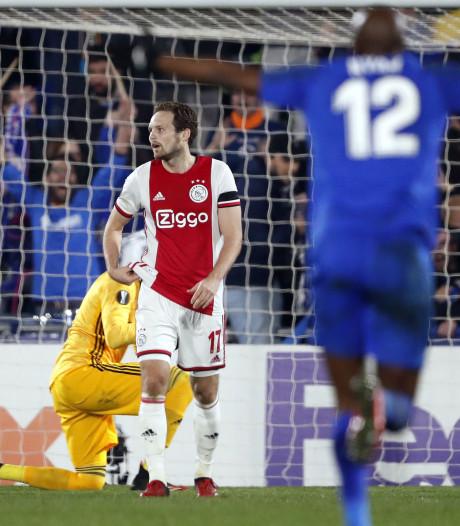 Boete Ajax van 50.000 euro wegens wangedrag fans
