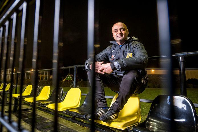 Trainer Maikel Amzand is vergroeid met VIOS, maar zou graag eens in een andere keuken kijken.