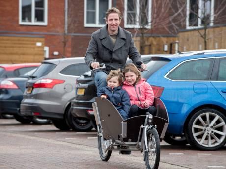 Fietsprofessor uit Ede: 'Mijn woonwijk is voor een groot deel weggegeven aan de auto'