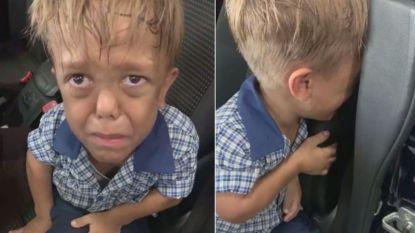 """""""Ik zag geen andere uitweg meer"""": wanhopige mama filmt de vreselijke gevolgen van pesterijen bij haar zoon met dwerggroei"""
