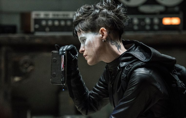Lisbeth Salander (Claire Foy) in The Girl in the Spider's Web. Beeld